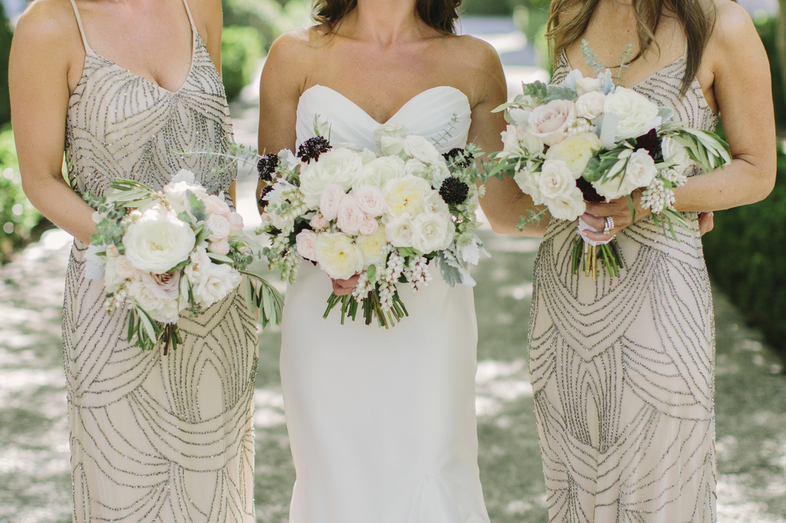 Bridesmaids & Bride with Bouquets by Oak & Owl