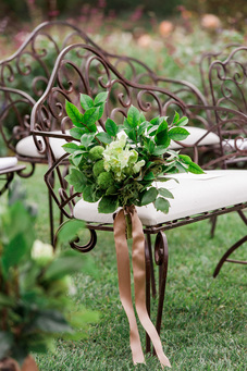 Ceremony Seating - Aisle Florals by Sillapere w/ Rosemary Events